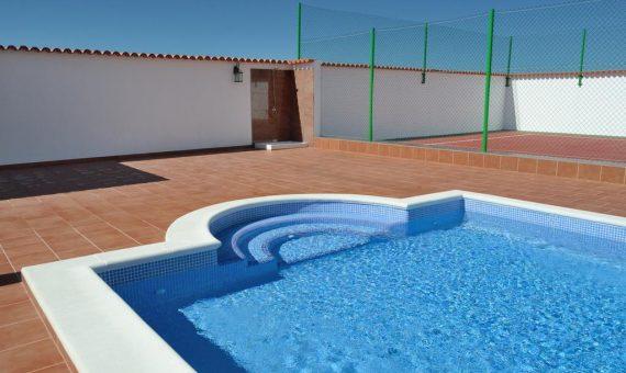 Villa in Adeje,  Playa Paraiso, 480 m2, garden, terrace, balcony, garage, parking     4