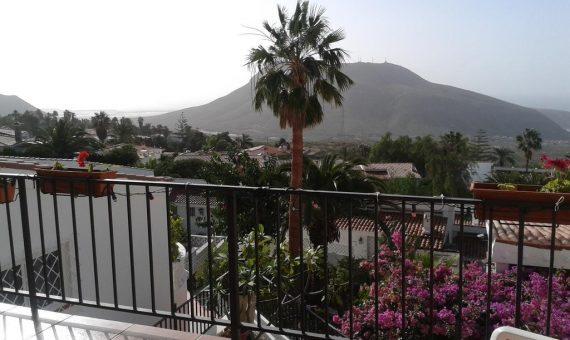 Casa en Arona,  Chayofa, 160 m2, parcialmente con mueble, jardin, terraza, balcon, garaje, aparcamento, aparcamento   | 2