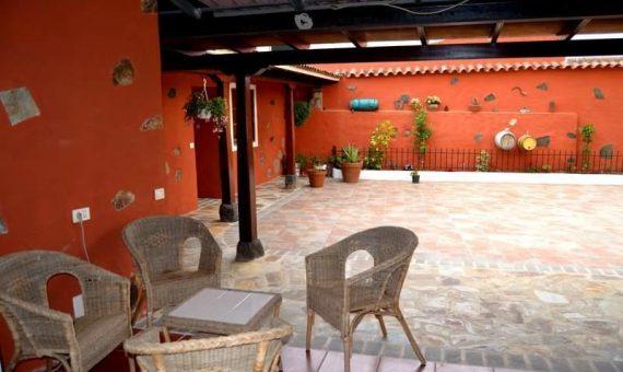 Вилла в Руигомес, 300 м2, с мебелью, террасса, гараж   | 66273-570x340-jpg