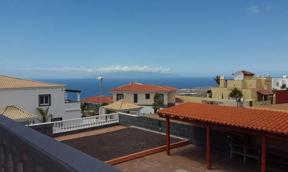 Villa in Adeje,  Roque del Conde, 564 m2, terrace, balcony, garage, parking   | 3
