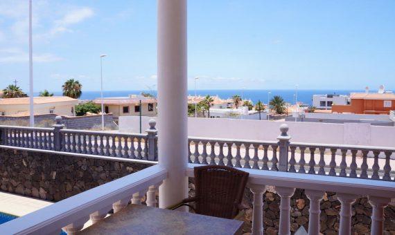 Villa in Adeje,  Callao Salvaje, 280 m2, fully furniture, terrace, garage, parking   | 2