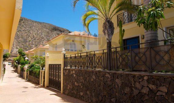Вилла в Арона,  Лос-Кристианос, 280 м2, с мебелью, сад, террасса, балкон, гараж   | 3