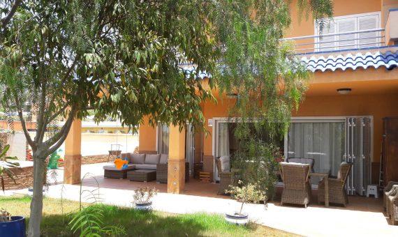 Таунхаус в Сантъяго-дель-Тейде,  Лос Хигантес, 182 м2, с мебелью, сад, террасса, гараж   | 92481-570x340-jpg