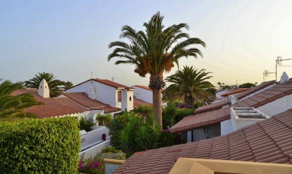 Вилла в Сан-Мигель-де-Абона,  Гольф-дель-Сур, 159 м2, с мебелью, сад, террасса, балкон   | 2