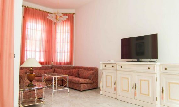 Villa in Adeje,  Playa de Fañabe, 125 m2, fully furniture, terrace, balcony   | 3