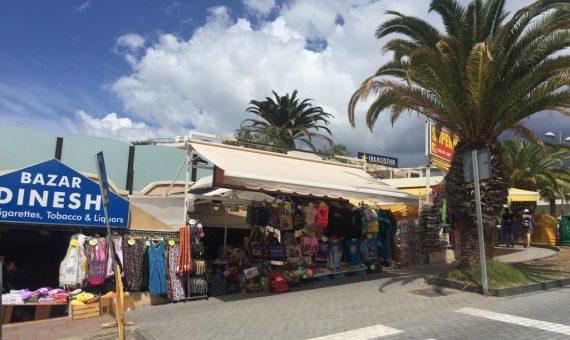 Commercial premise in Adeje,  Playa de Fañabe, 1080 m2, terrace   | 1