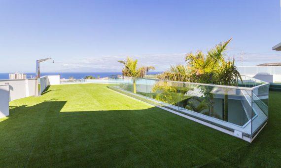 Villa in Adeje,  Playa Paraiso, 369 m2, fully furniture, garage, parking   | 1