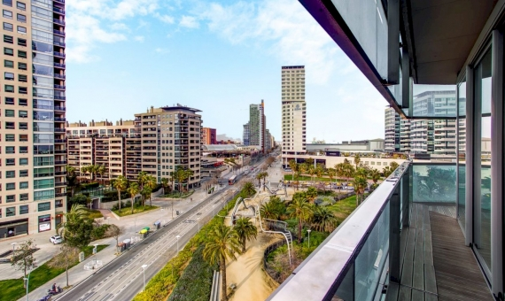 Apartment of 128 m2 with sea views on sale in Diagonal Mar in Barcelona | 1
