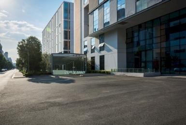 Продажа нового коммерческого помещения в Льорет-де-Мар
