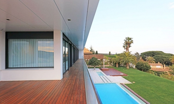 Luxury villa with panoramic sea views in Supermaresme on sale | 1
