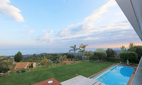 Luxury villa with panoramic sea views in Supermaresme on sale | 3