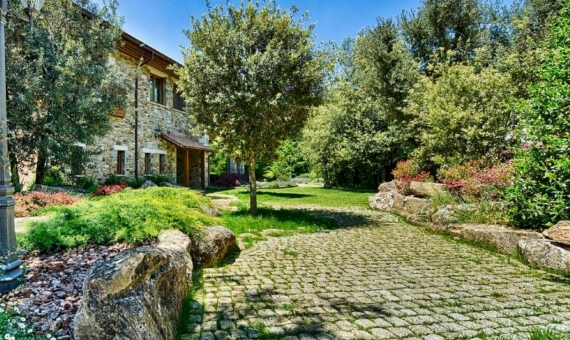 Beautiful villa for sale in a natural park 30 min from Barcelona | 3