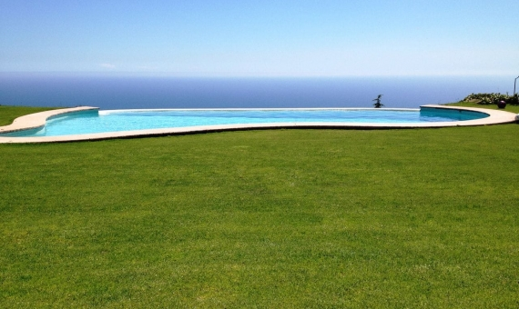 Villa with panoramic sea views in Sant Andreu de Llavaneres | 4