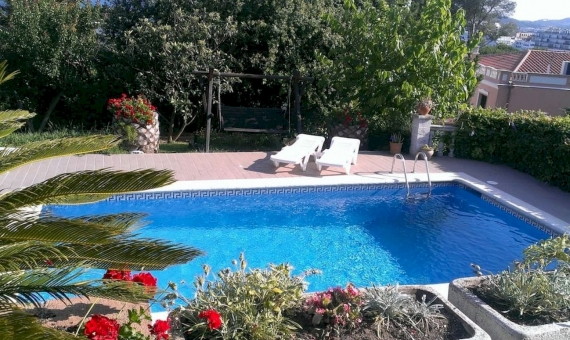 Villa with beautiful garden on sale in Playa de Aro, Costa Brava | 3