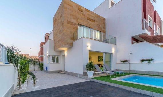 Townhouse in Alicante, San Pedro del Pinatar  Mar Menor, 115 m2, pool   | g_hc7m4oi2ifs7fip0eqzf-570x340-jpg