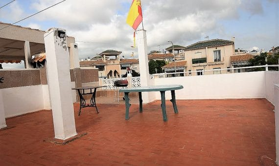 Semi-detached house in Alicante, Torrevieja, 50 m2, pool   | g_ismfkvurbc7wructha44-570x340-jpg