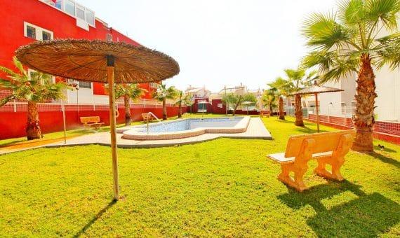 Semi-Detached Villa in Alicante, Torrevieja, 85 m2, pool -