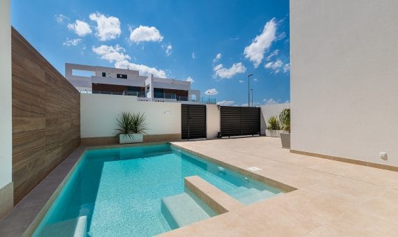 Townhouse in Alicante, Rojales, 201 m2, pool     g_k54mgx622ocx8vz286do-570x340-jpg