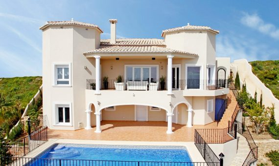 Villa in Alicante, Benitachell, 362 m2, pool   | g_ole_06611f06-7a8b-2545-98c9-e63a267aaf3b-570x340-jpg