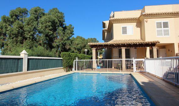 Semi-detached house in Alicante, Santa Pola, 130 m2, pool   | g_ole_3507d0c0-0e82-4b0a-ae66-57b954d17a5d-570x340-jpg