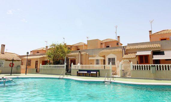 Semi-detached house in Alicante, Orihuela Costa, 66 m2, pool   | g_ole_69837a8f-00ec-4e6e-861d-587abb16d5f7-570x340-jpg