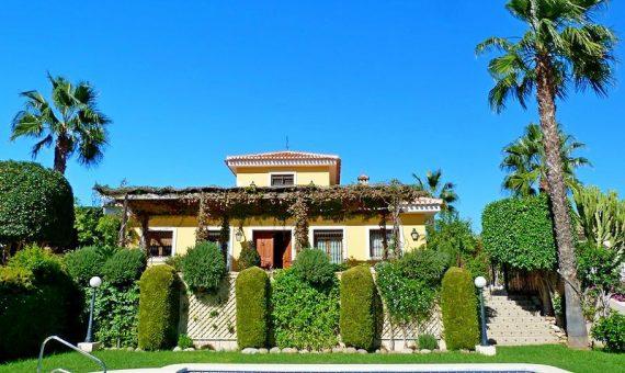 Villa in Alicante, Torrevieja, 319 m2, pool   | g_ole_82b0c27c-651d-4d26-8f5d-3f6f0ecbd464-570x340-jpg