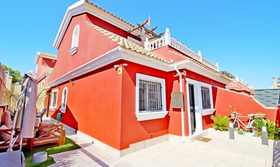 Semi-detached house in Alicante, Orihuela Costa, 95 m2, pool   | g_ole_86e26ff7-3da8-c14b-a0c4-41dcf9647f2f-570x340-jpg