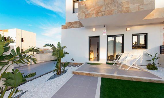 Semi-detached house in Alicante, Polop, 112 m2, pool -