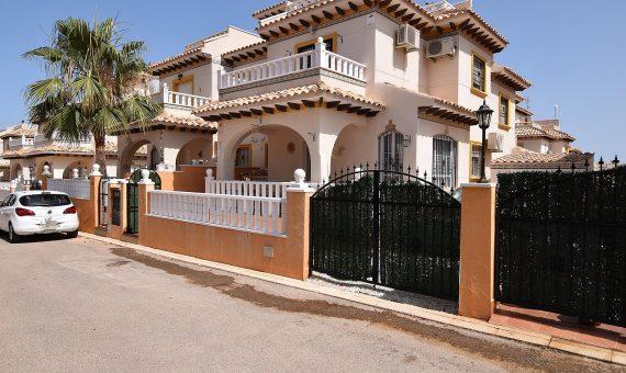 Townhouse in Alicante, Orihuela Costa, 80 m2, pool   | g_ole_dcbb327c-2997-b54b-b747-e76b5860a5bf-570x340-jpg