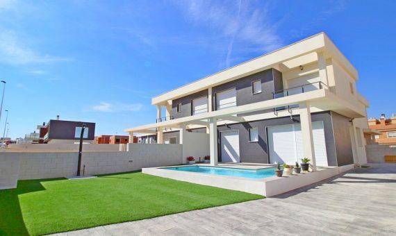 Semi-detached house in Alicante, Santa Pola, 99 m2, pool   | g_ole_eff4b95c-817d-4193-b4d9-b192a4518707-570x340-jpg