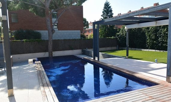 House for sale in Gava Mar 100 meters from the beach | 2