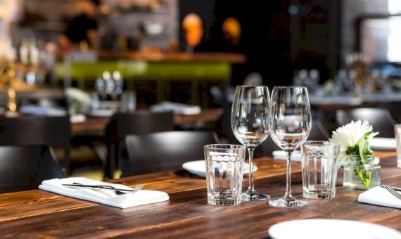 Передача прав на ресторан в центре Барселоны | shutterstock_237882754-570x340-jpg