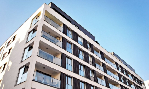 New apartment 62 m2 in Poblenou area | shutterstock_587902058-570x340-jpg