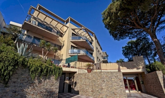 Penthouse with large solarium with sea and mountains views in San Feliu de Guixols, Costa Brava | 1