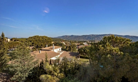 Penthouse with large solarium with sea and mountains views in San Feliu de Guixols, Costa Brava | 3