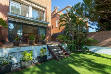 Townhouse with private garden 1 minute from the beach in Gava Mar - IMG_5566-HDR