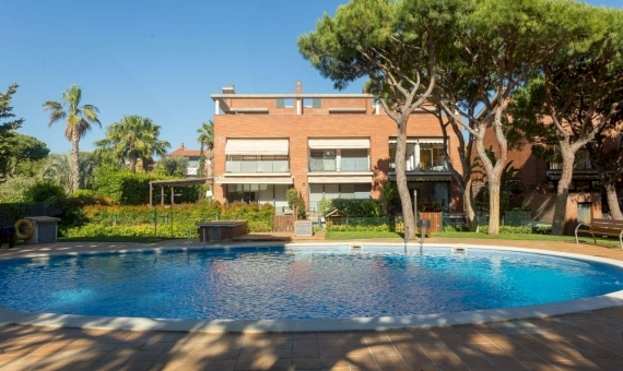 Townhouse with private garden 1 minute from the beach in Gava Mar | 3