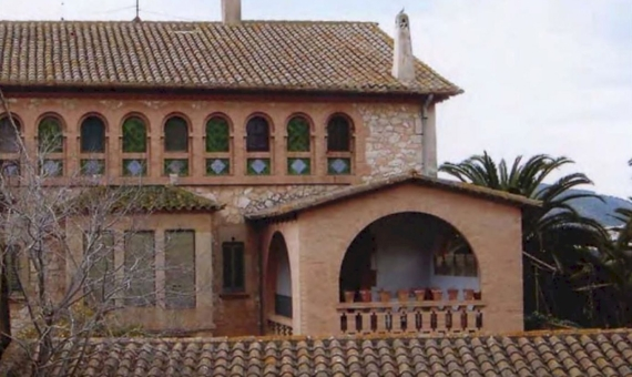 Modernist country estate of the XIX century with 15 ha of land in Costa Garraf, Barcelona | 3
