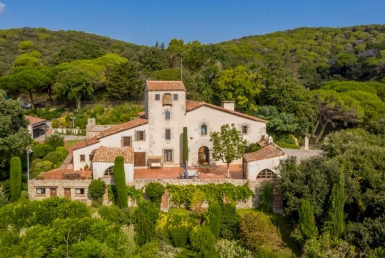 Exclusive country estate with 72 ha of land in Sant Andreu de Llavaneres, Barcelona - DJI_0161