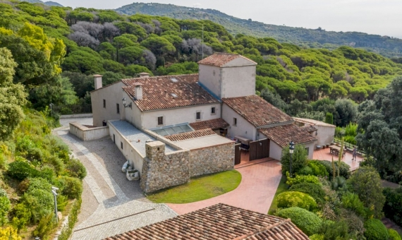 Exclusive country estate with 72 ha of land in Sant Andreu de Llavaneres, Barcelona   | 2