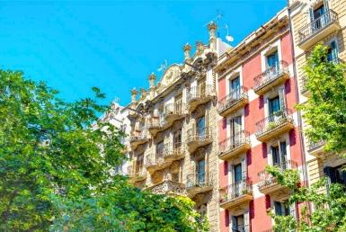 Здание после ремонта в районе Барселонета