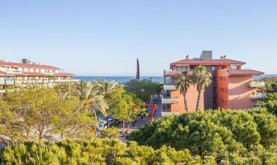Spacious apartment with a terrace and sea view in Gava Mar, Costa Garraf | captura-570x340-jpg