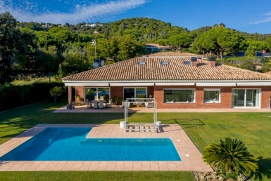 Magnificent villa with sea views in the prestigious Supermaresme area, Barcelona - DJI_0297