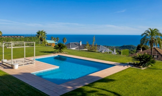 Magnificent villa with sea views in the prestigious Supermaresme area, Barcelona | 4