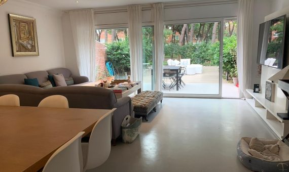 Cozy renovated townhouse in Gava Mar, Barcelona | 1