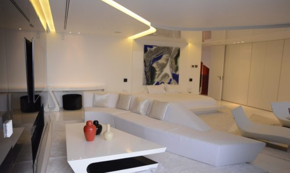 Luxury modern style villa on the seafront in Gava Mar | 4