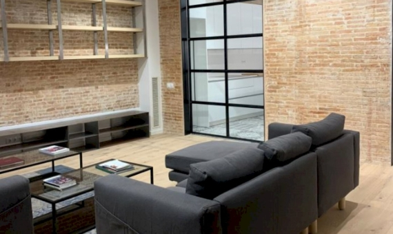 Exclusive brand new apartment in the historic center of Barcelona | 4