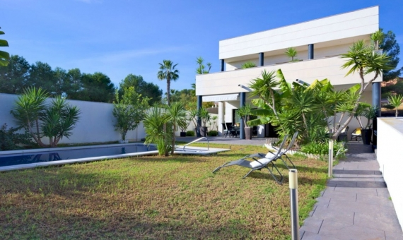 Modern style villa with sea views in a prestigious area of Calafell in Costa Dorada | 2