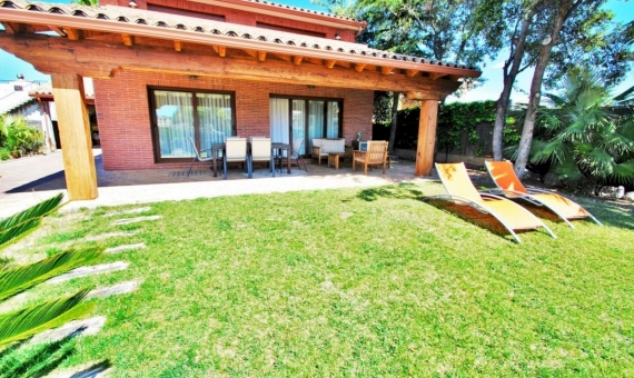 Summer rent villa with private pool in the coastal town of Calafell on Costa Dorada | 1