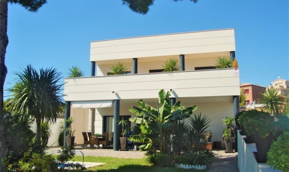 Modern style villa with sea views in a prestigious area of Calafell in Costa Dorada | 1